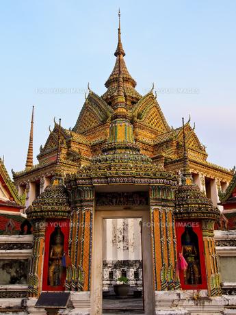 ワット・ポーの仏塔 Wat Phoの写真素材 [FYI00213035]