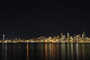 シアトルの夜景の写真素材 [FYI00213795]