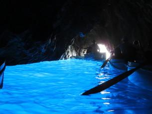 青の洞窟 Grotta Azzurraの写真素材 [FYI00213931]