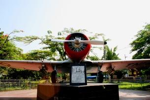 インドネシアプロペラ機-記念公園にての写真素材 [FYI00214927]