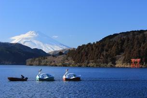 芦ノ湖よりの富士の写真素材 [FYI00215341]