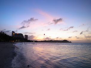 グアム・タモンの海・風船2の写真素材 [FYI00215529]