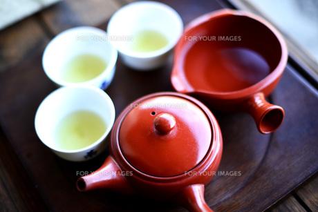 おいしい日本茶、新茶、緑茶、きゅうす、湯呑みの素材 [FYI00216222]