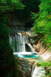 七ツ釜五段の滝の写真素材 [FYI00218109]
