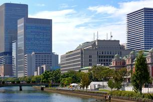 中之島のビル 公会堂と市役所の写真素材 [FYI00218583]
