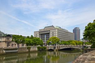 淀屋橋と大阪市役所の写真素材 [FYI00218595]