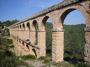 ラス・ファレラス水道橋の写真素材 [FYI00219404]