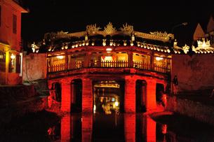 ベトナム ホイアン 来遠橋の写真素材 [FYI00219419]