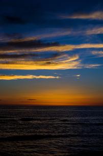 海辺の夕景の写真素材 [FYI00219932]