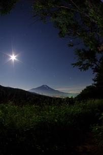 富士山:Mt.Fuji:夜景の写真素材 [FYI00220387]