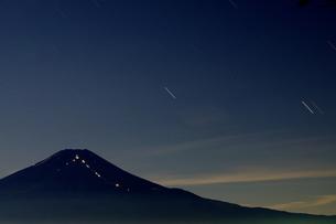 富士山:Mt.Fuji:夜景の写真素材 [FYI00220449]