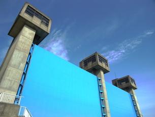 青い水門の写真素材 [FYI00221047]