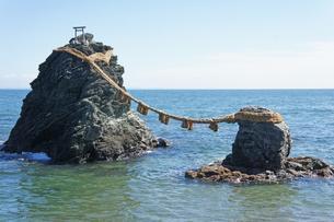 夫婦岩 の写真素材 [FYI00221380]