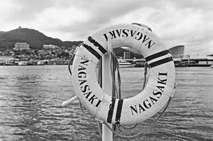 浮き輪のオブジェ(HDR)の写真素材 [FYI00221617]