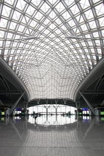 中国高速鉄道CRH 広州南駅構内の写真素材 [FYI00222738]