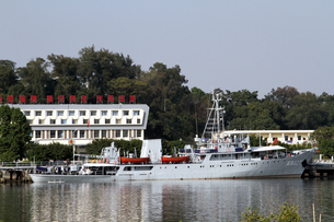 中国海軍調査艦艇 南測427の写真素材 [FYI00222813]