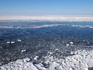 寄せる流氷の写真素材 [FYI00223045]