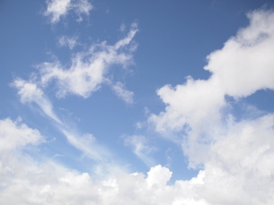 青空の写真素材 [FYI00223629]