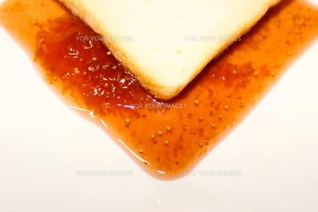 パンとジャムの写真素材 [FYI00223677]