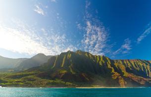 ハワイ カウアイ島 ナパリコーストの写真素材 [FYI00224336]
