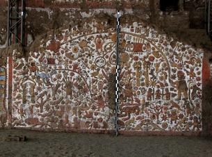 月のワカ(ペルー)の壁画の写真素材 [FYI00225535]