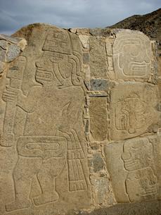 セロ・セチン遺跡(ペルー)の壁面装飾の写真素材 [FYI00225648]