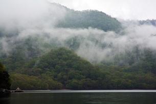 274. 千手ヶ浜三角岩の写真素材 [FYI00225972]