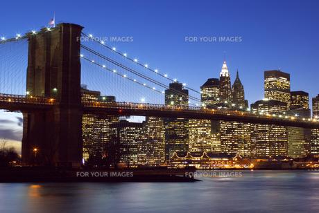 twilight New York Cityの写真素材 [FYI00226013]