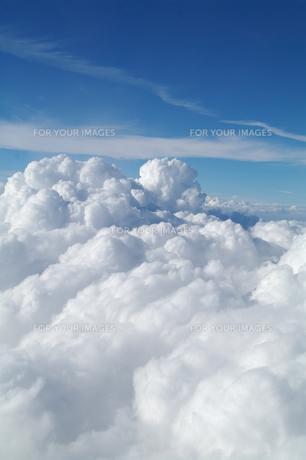 上空の雲の素材 [FYI00226258]