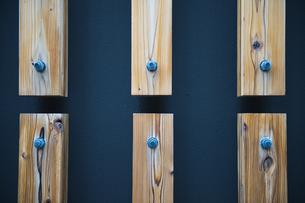 木材と壁の写真素材 [FYI00226606]