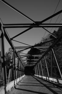 赤い橋の写真素材 [FYI00226726]