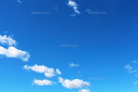 青空と雲の素材 [FYI00227798]
