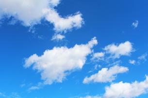 青空と雲の写真素材 [FYI00227802]
