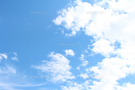 青空と雲の写真素材 [FYI00227832]