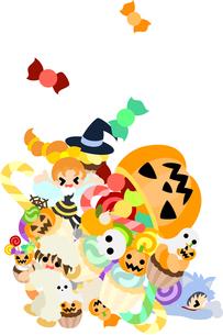 大きなジャック・オ・ランタンから出てくる山のようなお菓子に子どもたちは大喜び。の写真素材 [FYI00227953]