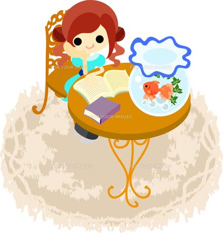 金魚と一緒に読書を楽しむ少女の写真素材 [FYI00228144]
