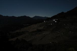 月明かりの三重、丸山千枚田の写真素材 [FYI00228780]