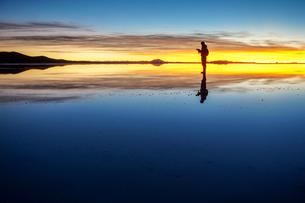 ウユニ塩湖、ボリビアの写真素材 [FYI00229168]