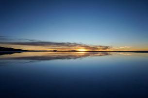 ウユニ塩湖、ボリビアの写真素材 [FYI00229170]