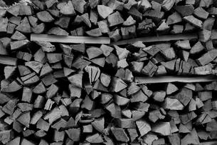 薪の写真素材 [FYI00229947]