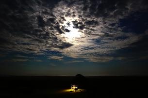 月明かりの写真素材 [FYI00230155]