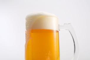 生ビール 泡イメージの写真素材 [FYI00230202]