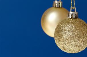 クリスマスのオーナメント、ゴールドの写真素材 [FYI00230751]