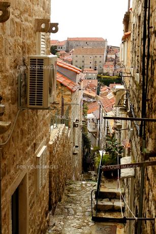 世界遺産ドゥブロヴニク旧市街の階段の写真素材 [FYI00230754]