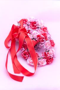 バラのリースとリボンの写真素材 [FYI00230796]
