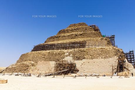 世界遺産、ジェゼル王の階段ピラミッドの写真素材 [FYI00230898]