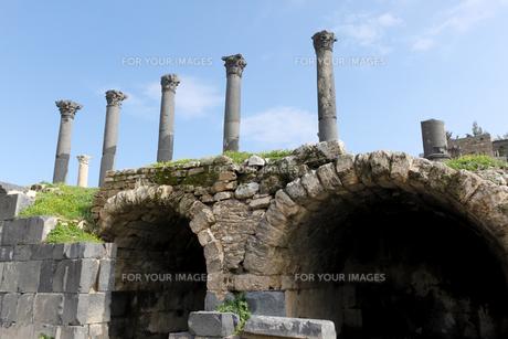 古代都市ウムカイス遺跡の写真素材 [FYI00230990]