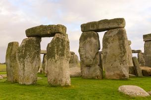 イギリス世界遺産 ストーンヘンジの石組の写真素材 [FYI00231085]