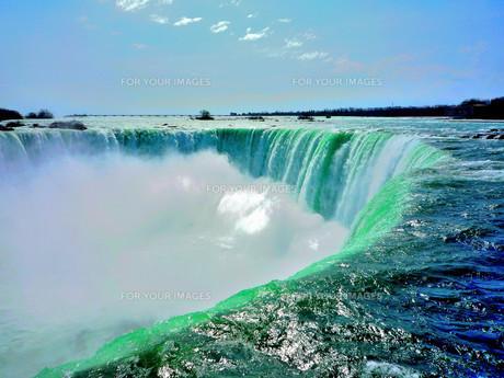 ナイアガラの滝(カナダ滝)の写真素材 [FYI00231839]
