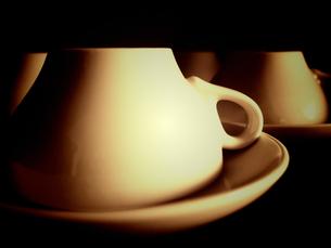 伏せたティーカップ&ソーサーの写真素材 [FYI00233956]